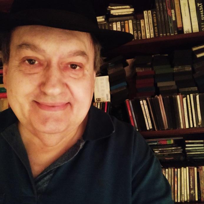 Al ritmo de Madrid, programa de radio dirigido por Carlos Villarrubia en Radio Hermes. Produce OCCO Art Gallery.