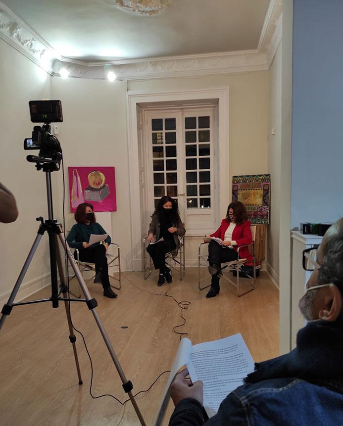 OCCO Art Gallery produce el programa de radio OCCO Art Magazine, programa de arte y cultura.